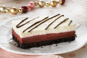 Louisiana-Red-Velvet-Cheesecake-Bars-60427
